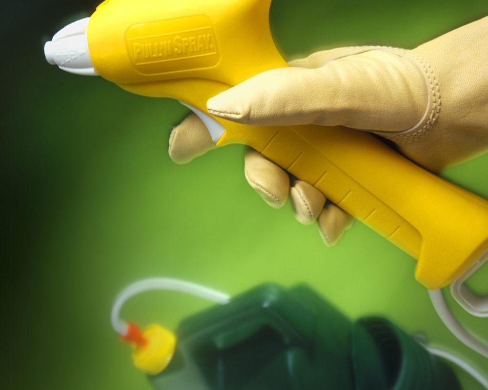 Scotts Pull N' Spray